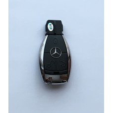 Mercedes -es 8GB USB stick - pendrive