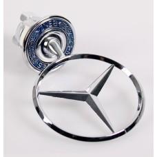 Mercedes -hez csillag, jel, motorháztetőre